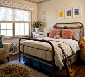 Classic and vintage farmhouse bedroom ideas 07