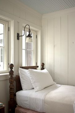 Classic and vintage farmhouse bedroom ideas 30