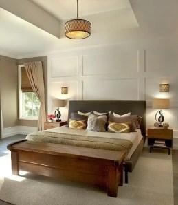 Classic and vintage farmhouse bedroom ideas 43