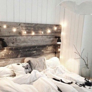 Awesome string light ideas for bedroom 33