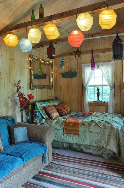 Awesome string light ideas for bedroom 34