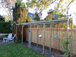 Bamboo fence ideas for small houses 08
