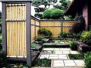 Bamboo fence ideas for small houses 30