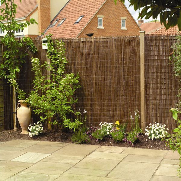 Bamboo fence ideas for small houses 49