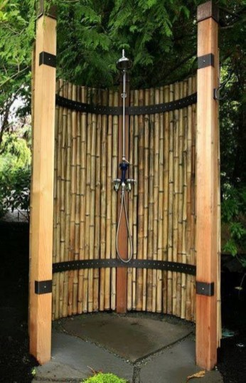 Bamboo fence ideas for small houses 54