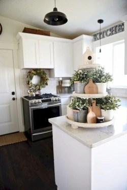 Beautiful farmhouse decor ideas for summer 07