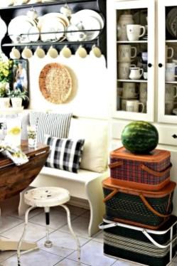Beautiful farmhouse decor ideas for summer 09