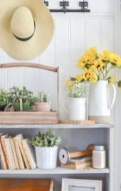 Beautiful farmhouse decor ideas for summer 19
