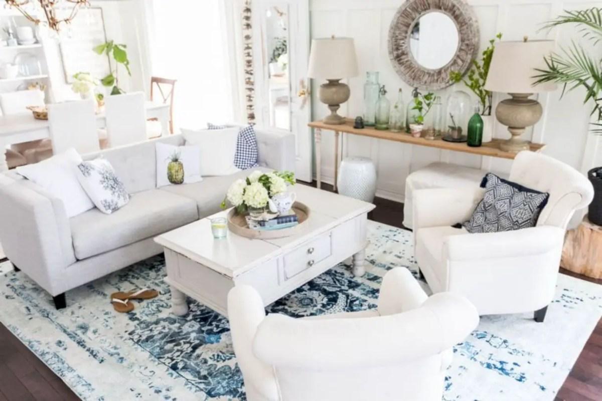 Beautiful farmhouse decor ideas for summer 21
