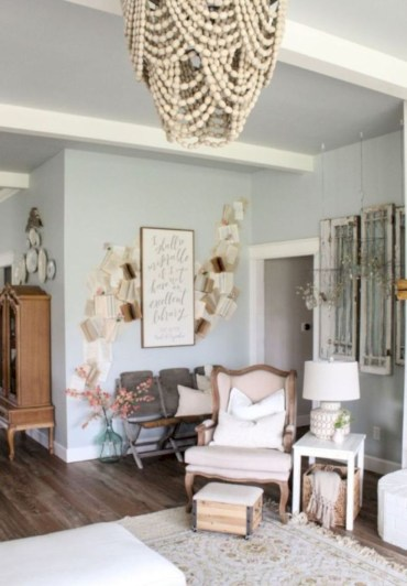 Beautiful farmhouse decor ideas for summer 26