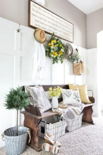 Beautiful farmhouse decor ideas for summer 48