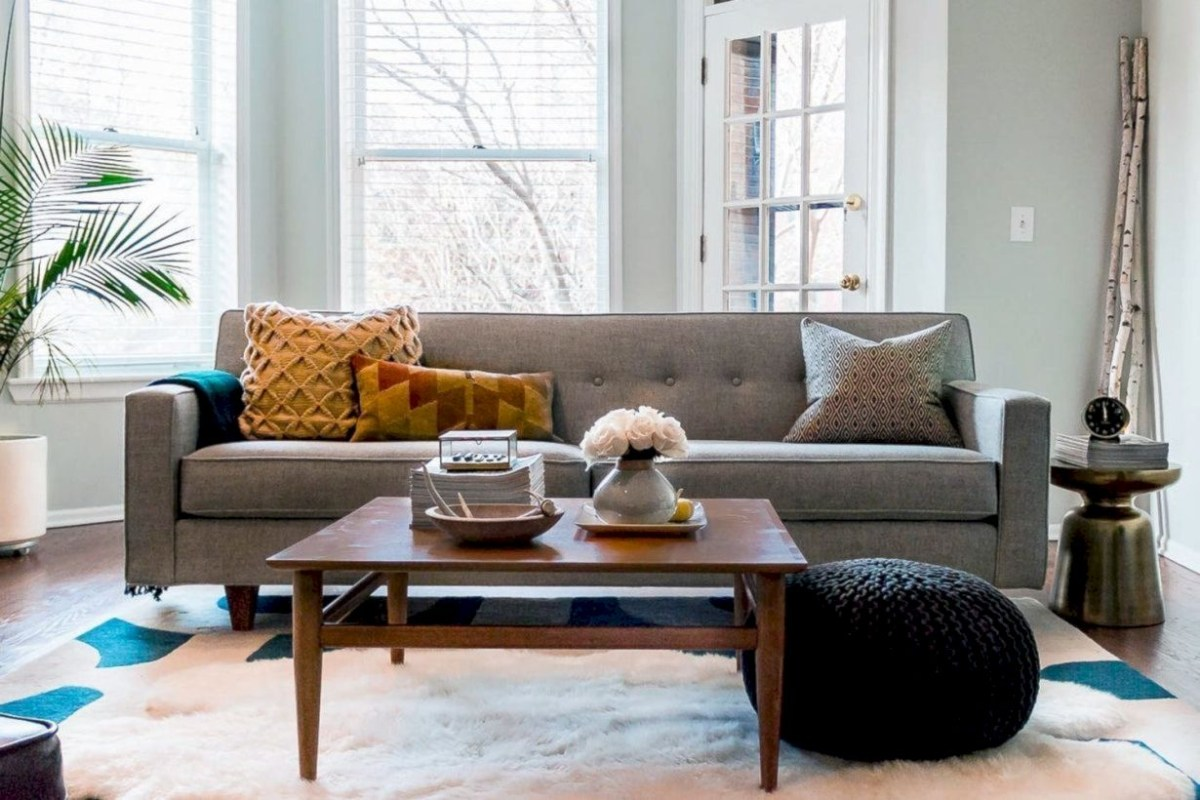 Beautiful modern style to upgrade your living room 33