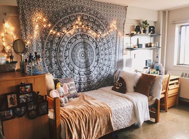 Creative dorm decoration ideas for your bedroom 42