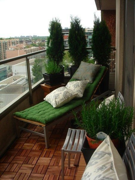 Creative small balcony design ideas for spring 17