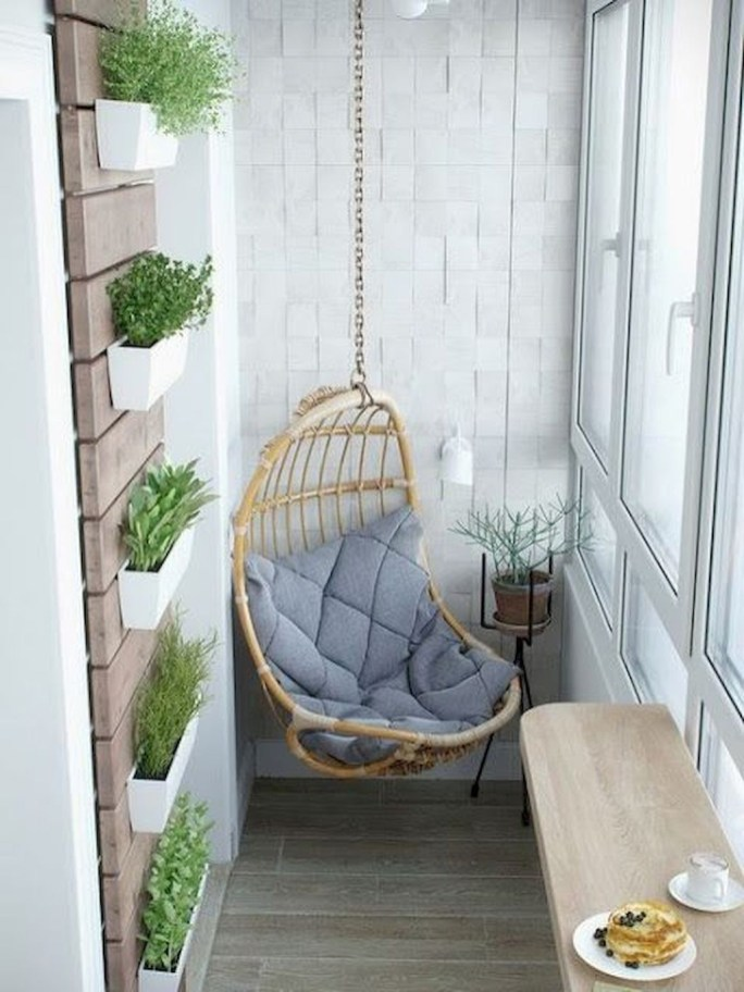 Creative small balcony design ideas for spring 27