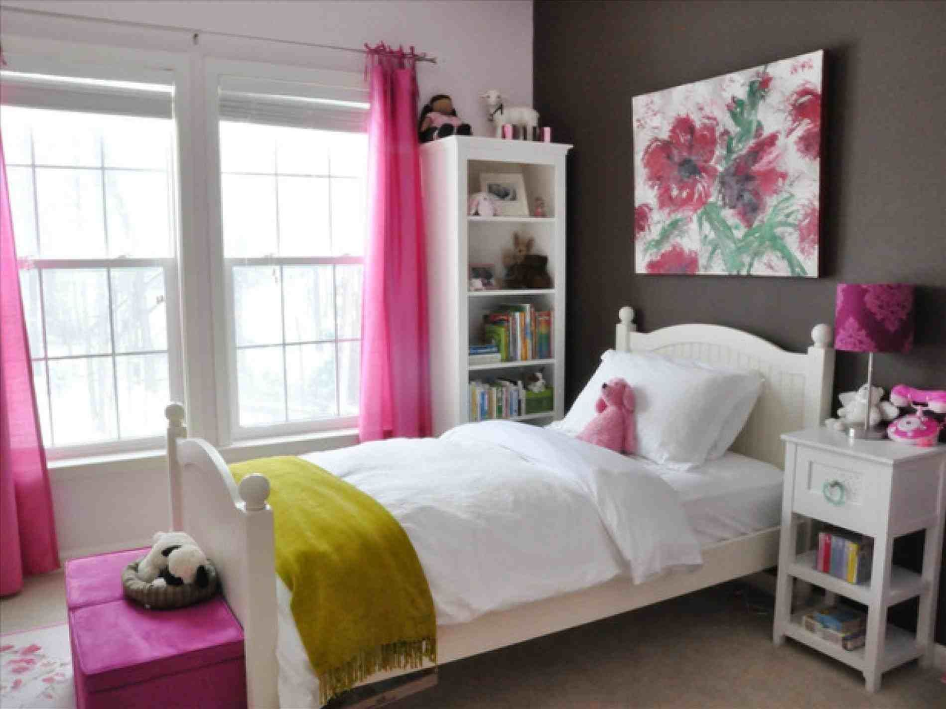 Cute girls bedroom ideas for small rooms 35