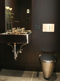 Elegant bathroom design with black walls 03