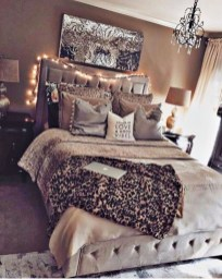Extremely cozy master bedroom ideas 17