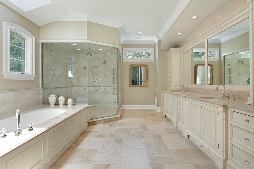 Luxury traditional bathroom design ideas for your classy room 07
