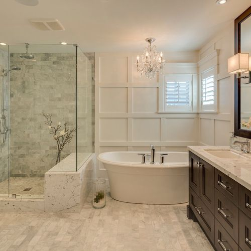 Luxury traditional bathroom design ideas for your classy room 46