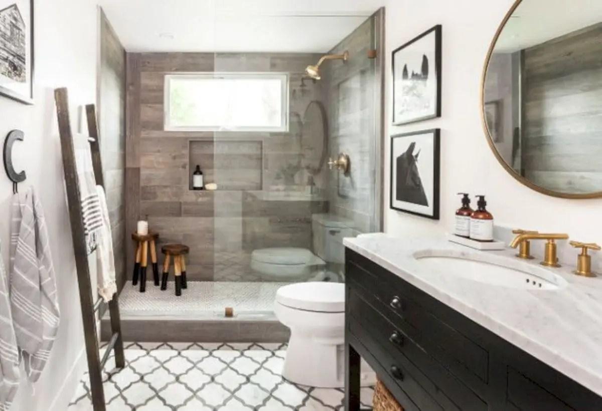 Rustic farmhouse bathroom ideas with shower 107