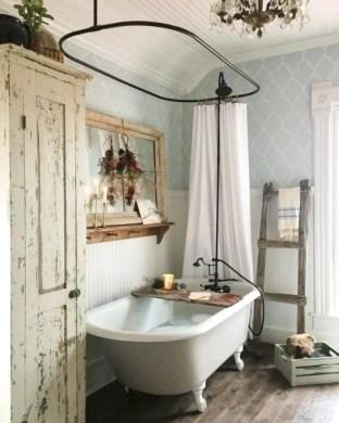 Rustic farmhouse bathroom ideas with shower 117