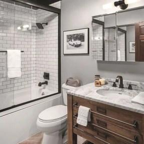 Rustic farmhouse bathroom ideas with shower 32