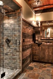 Rustic farmhouse bathroom ideas with shower 34