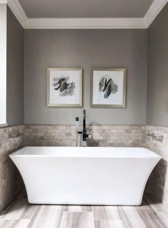 Rustic farmhouse bathroom ideas with shower 62