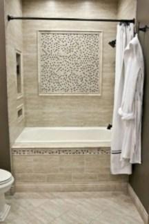 Rustic farmhouse bathroom ideas with shower 81