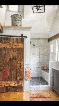 Rustic farmhouse bathroom ideas with shower 85