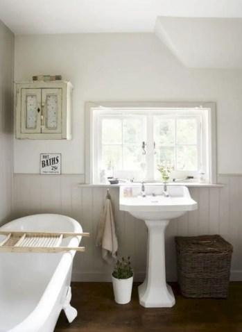 Rustic farmhouse bathroom ideas with shower 87