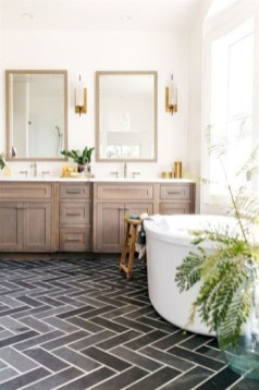 Rustic farmhouse bathroom ideas with shower 89