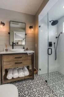 Rustic farmhouse bathroom ideas with shower 96