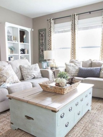 Rustic modern farmhouse living room decor ideas 112