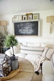 Rustic modern farmhouse living room decor ideas 13