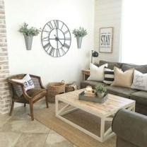Rustic modern farmhouse living room decor ideas 14