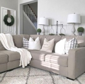 Rustic modern farmhouse living room decor ideas 73