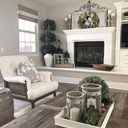 Rustic modern farmhouse living room decor ideas 76