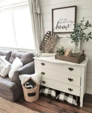 Rustic modern farmhouse living room decor ideas 84
