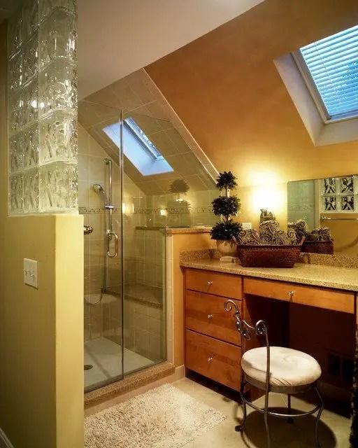 Unique attic bathroom design ideas for your private haven 11
