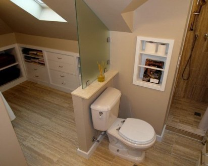 Unique attic bathroom design ideas for your private haven 14