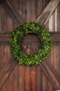 Beautiful decor ideas to hang on your door that aren't wreaths 13