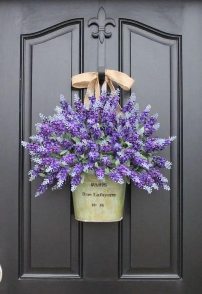 Beautiful decor ideas to hang on your door that aren't wreaths 24