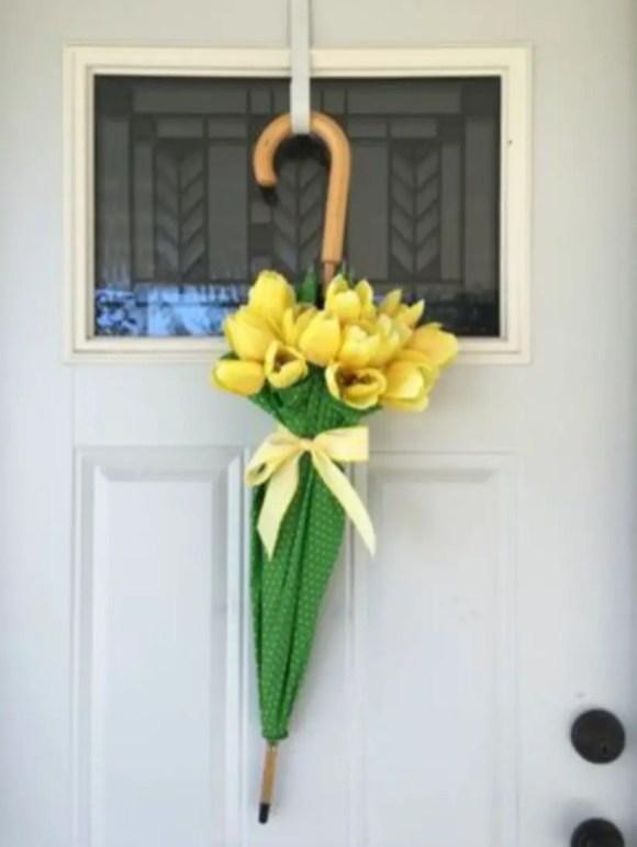 Beautiful decor ideas to hang on your door that aren't wreaths 35