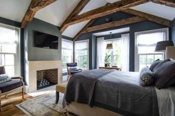 Farmhouse-style-bedroom-ideas-10-1-kindesign