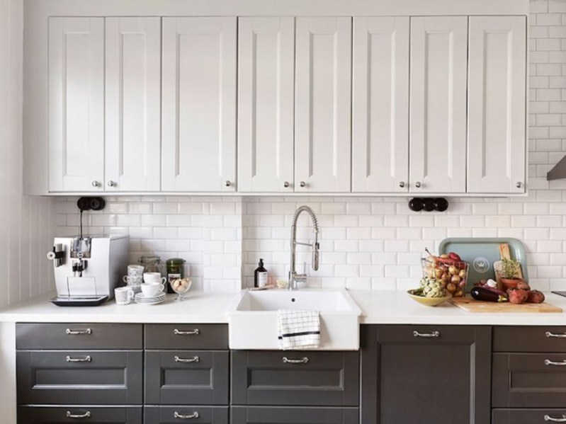 Stylist and elegant black and white kitchen ideas 41