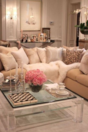 Adorable and cozy neutral living room design ideas 04