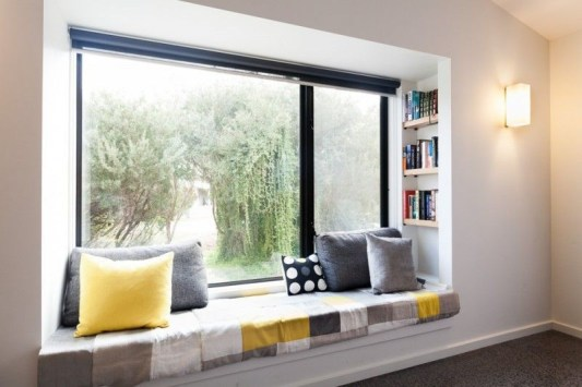 Bay window ideas that blend well with modern interior design 01