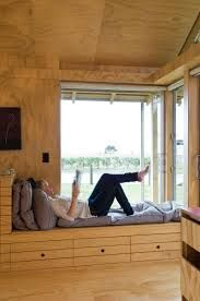 Bay window ideas that blend well with modern interior design 14